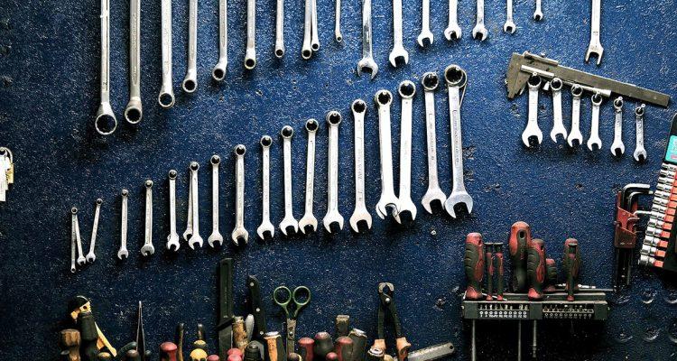 tools-y-min
